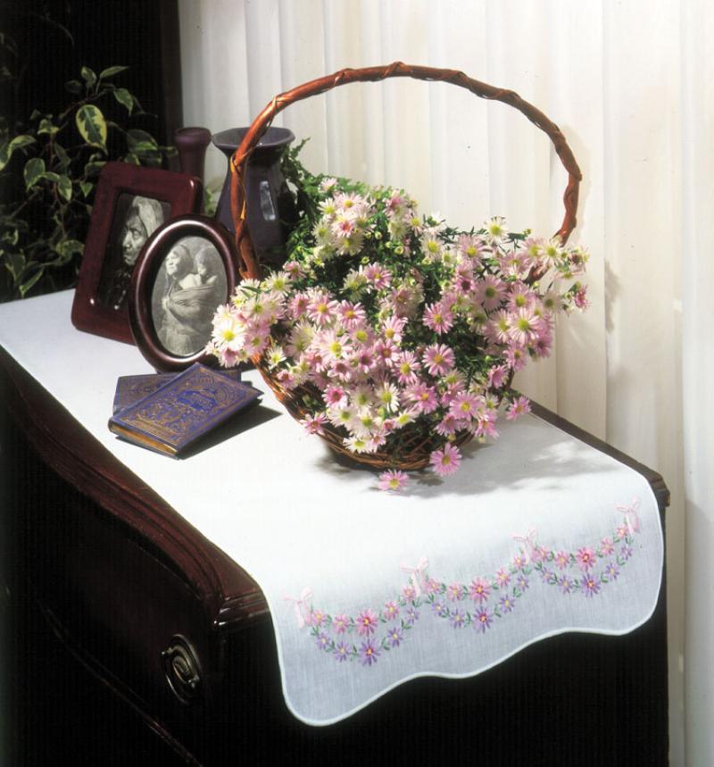 # T231005 Petite Fleur