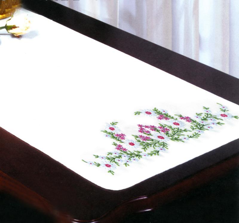 # T231050 Meadow Flowers