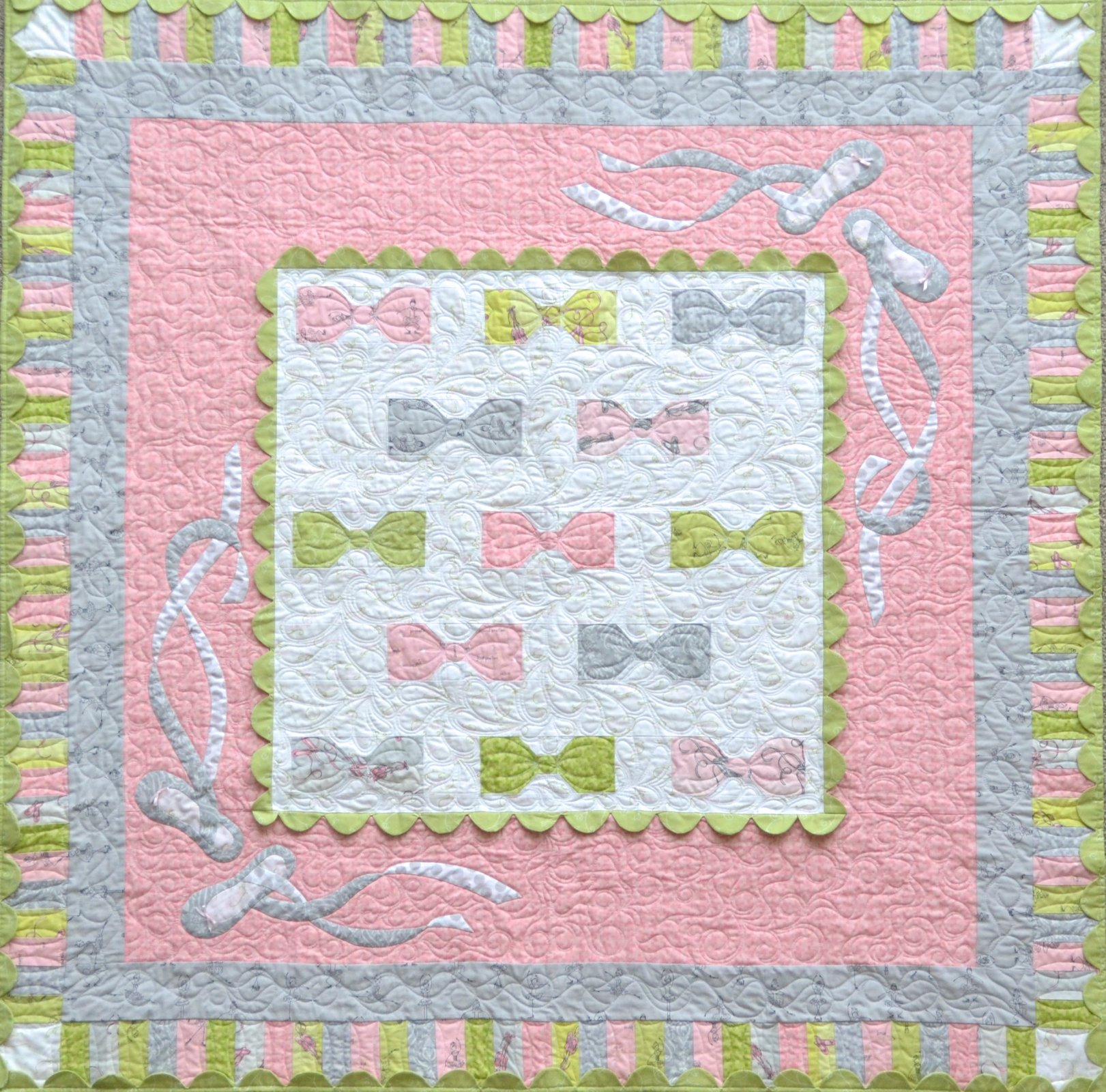 Bows and Toes Quilt Pattern