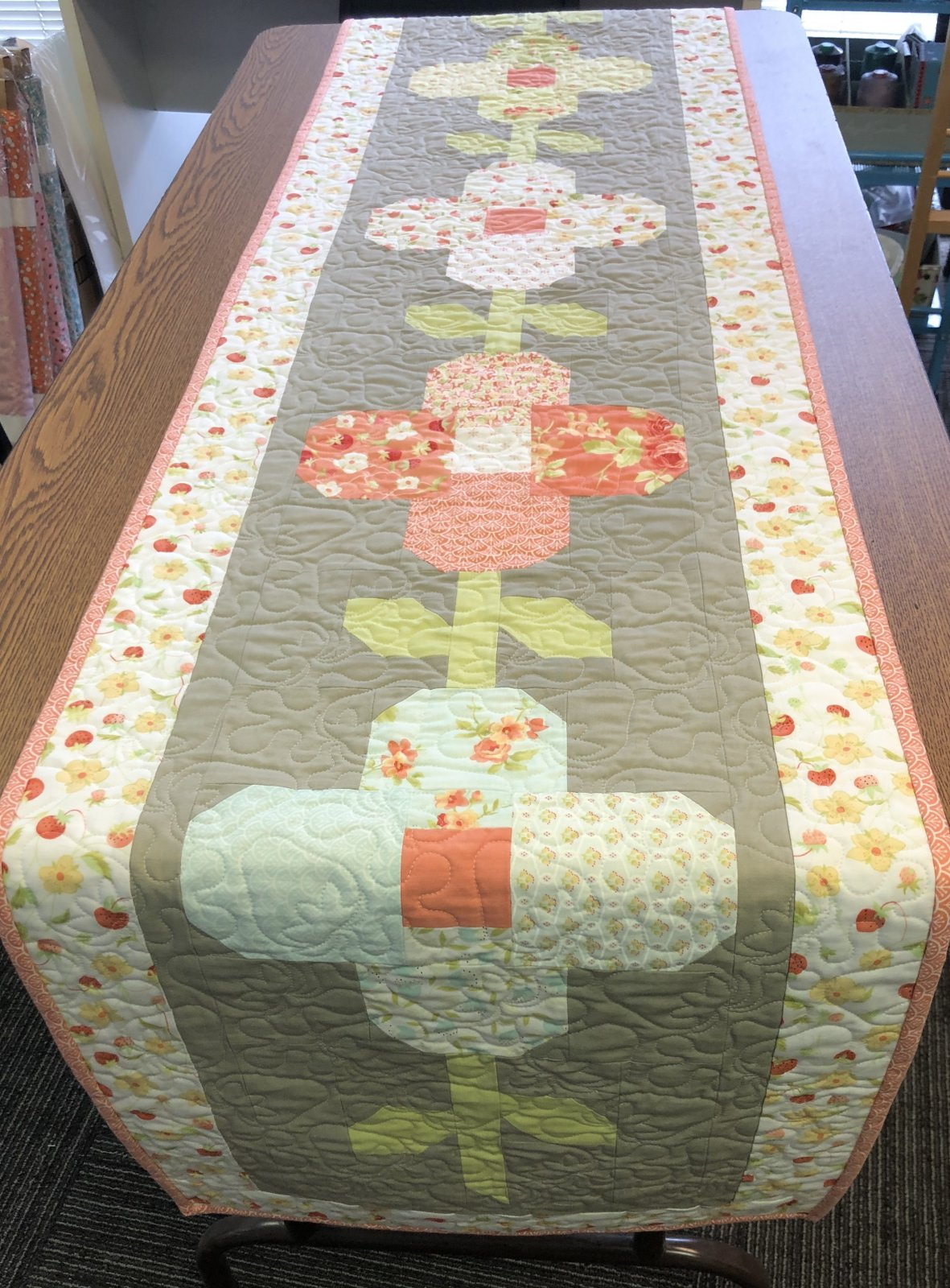 Trellis Table Runner Kit