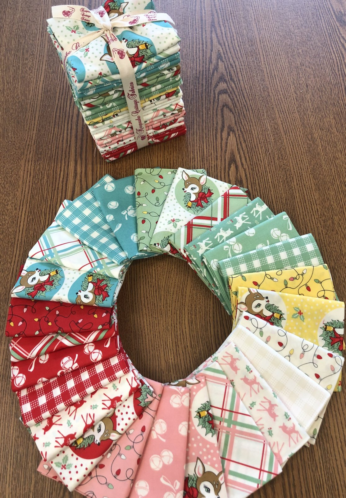Deer Christmas Fat Quarter Bundle