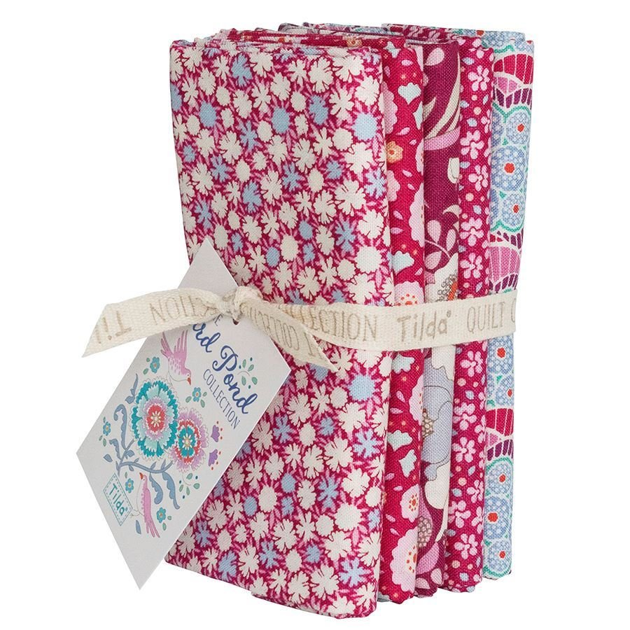 Birdpond Fat Quarter Bundle in Raspberry