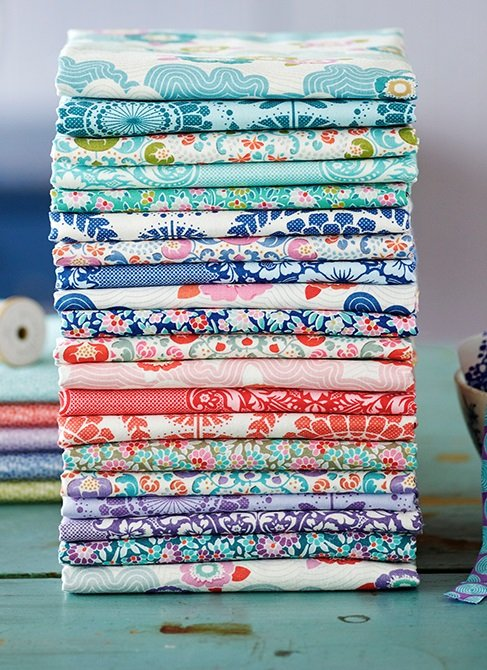 Lazy Days Hand Cut Fat Quarter Bundle Complete Collection