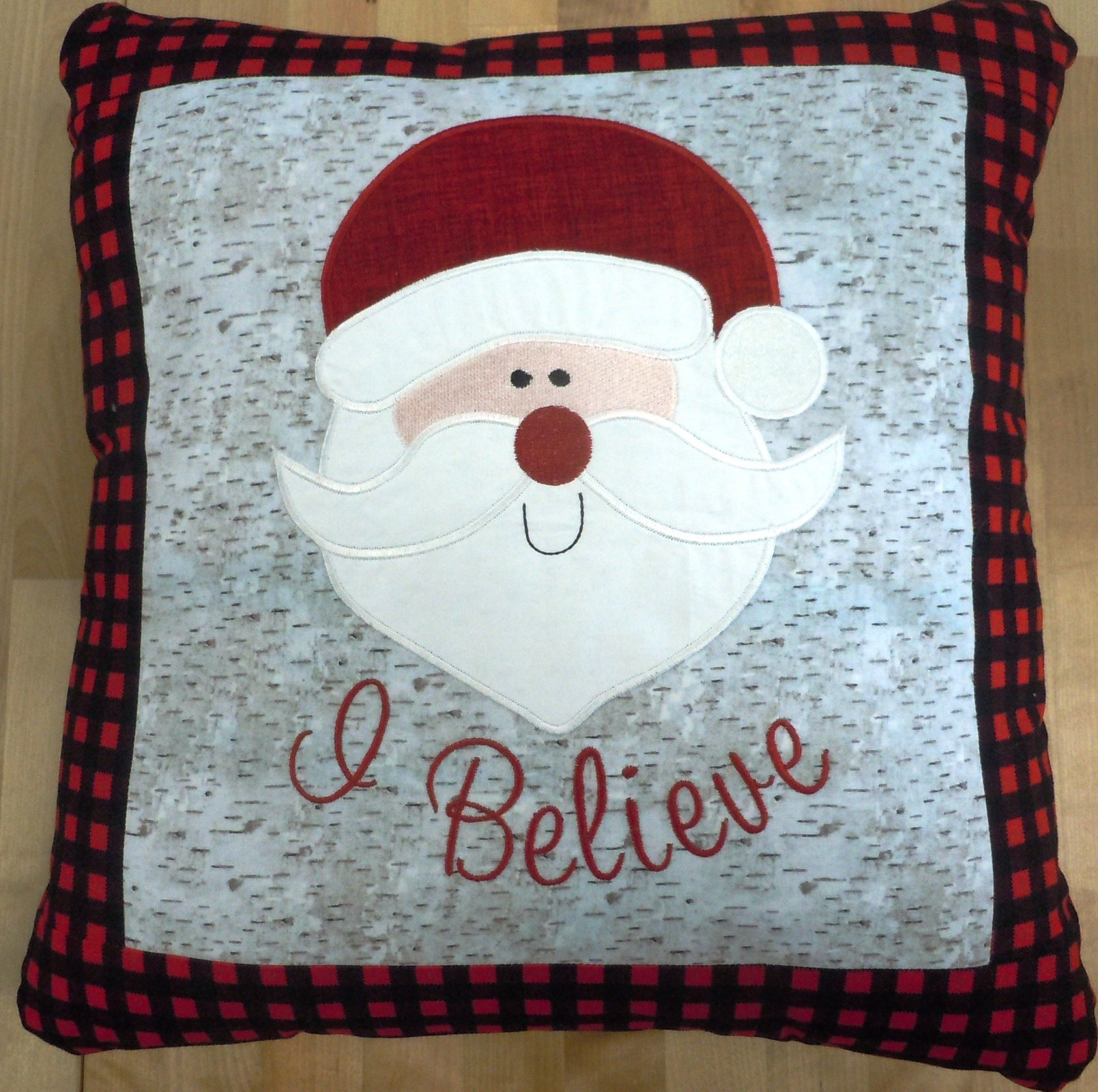 Kit-I believe Santa Pillow (Machine Embroidery)