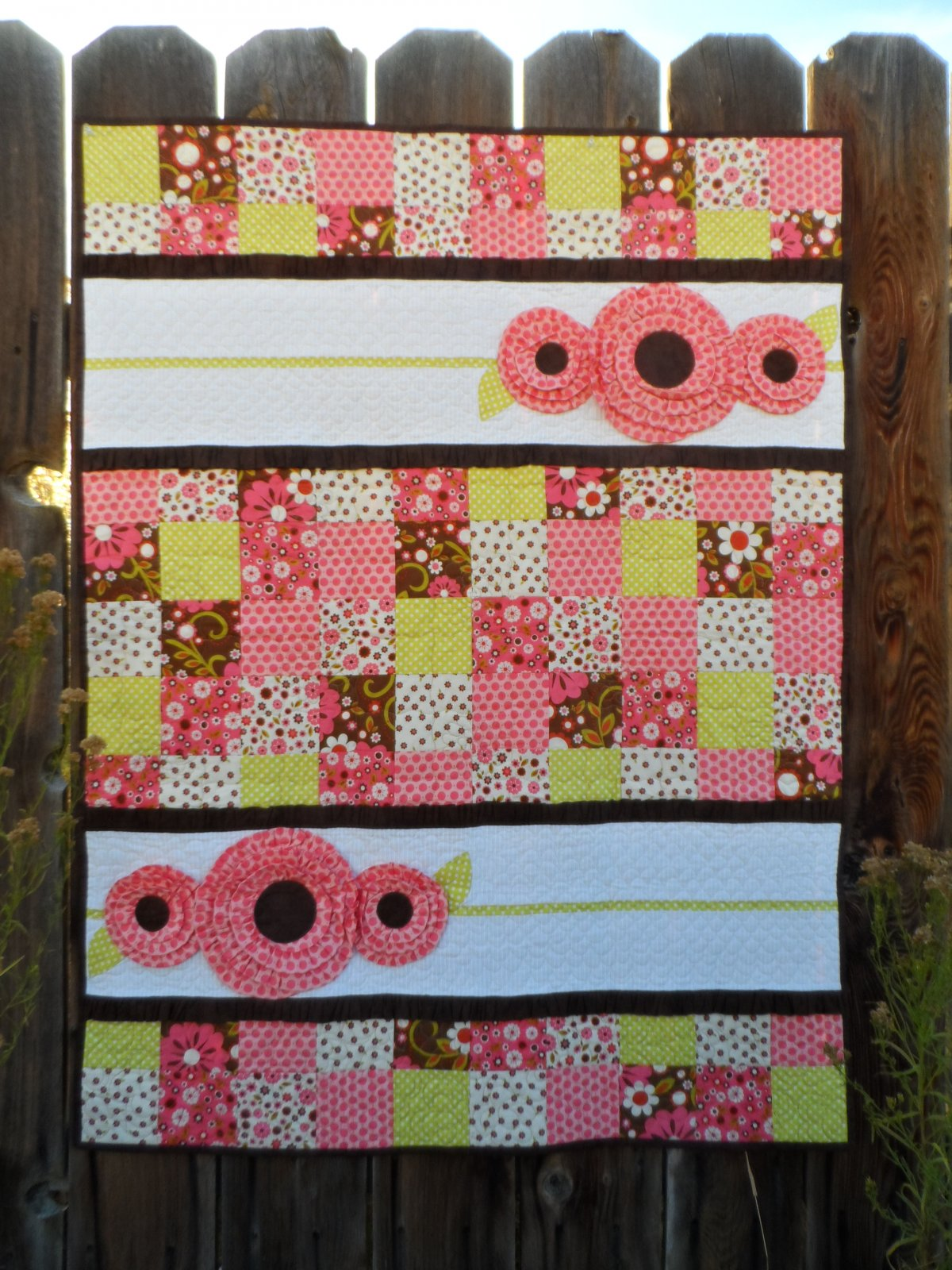 Pocket Full of Posies Quilt Kit