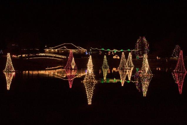 Christmas Town 2019.Pond Town Christmas