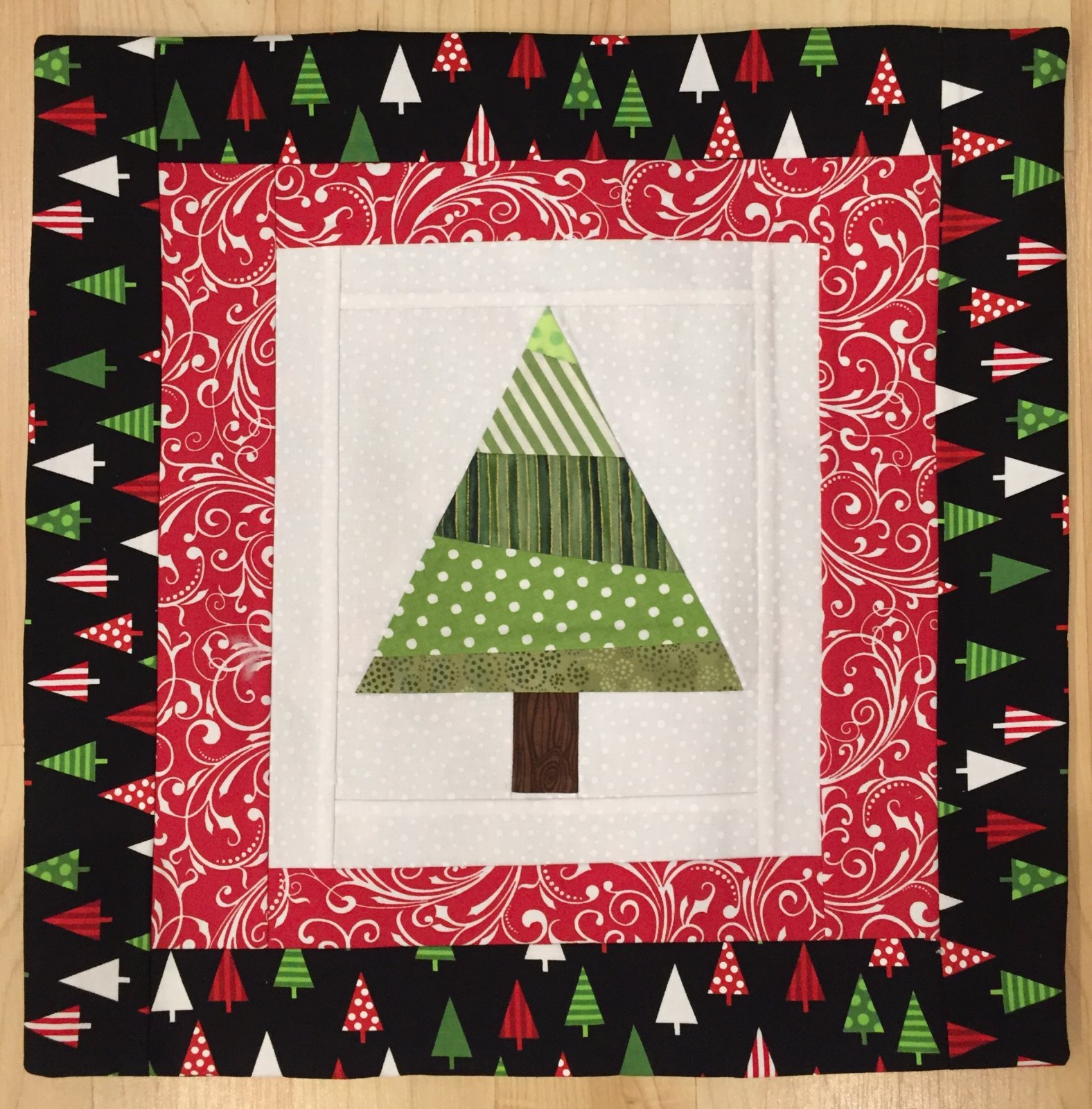 christmas project of the month september 2017 christmas tree quilt block pillow or hot pad