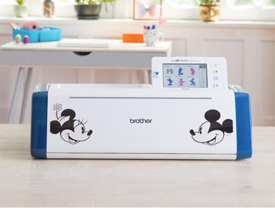 Brother SDX230D Disney Scan N Cut DX incl. 20 Bonus Disney Designs!
