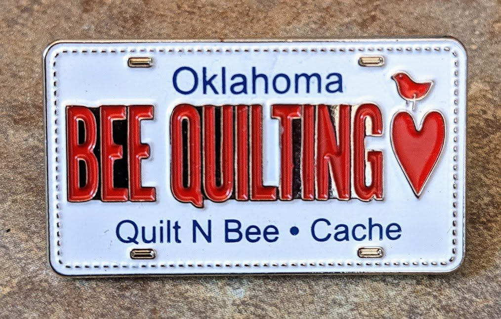 Bee Quilting Pin