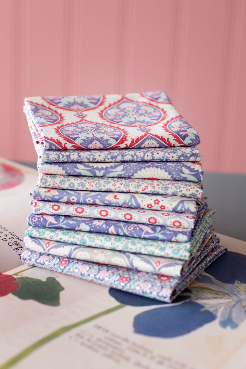 Tilda Bon Voyage Fat Quarter Tower