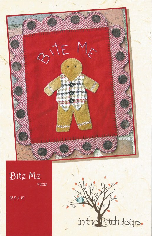 Bite Me gingerbread wall hanging pattern