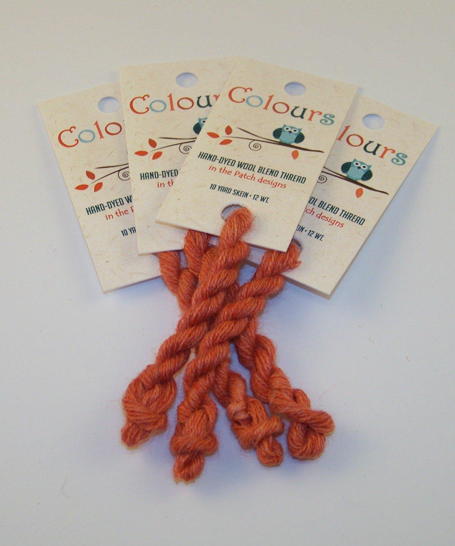 Colours Salmon-Wool Thread