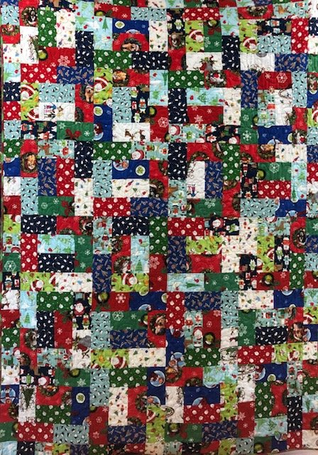 Christmas Sassy Sixteen Quilt