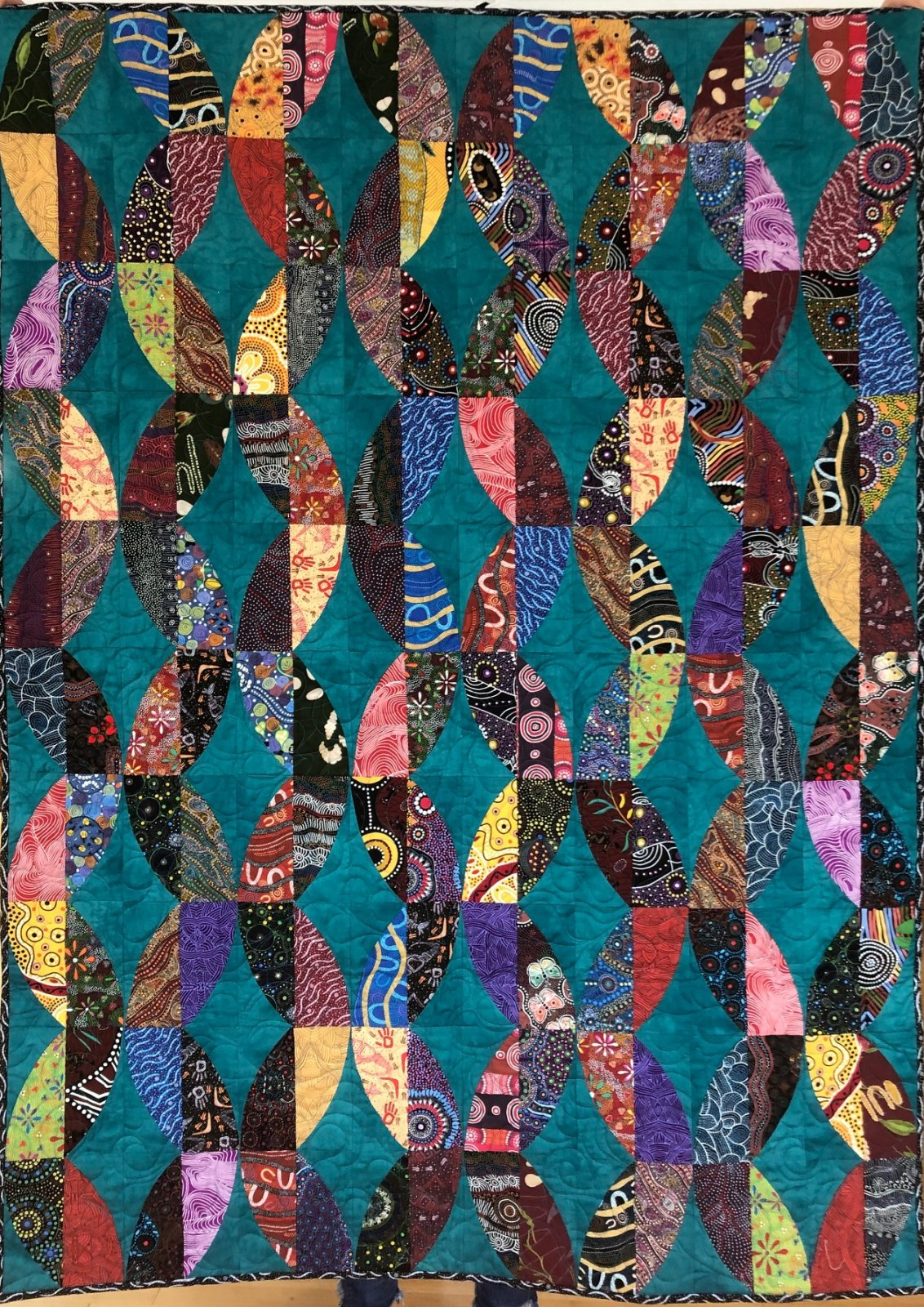Aboriginal Twist quilt kit ~40 x 55