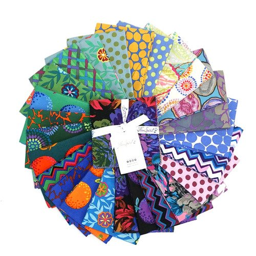 5 Charm Pack FB6CPGP.F2020COOL Kaffe Fassett Collective February 2020