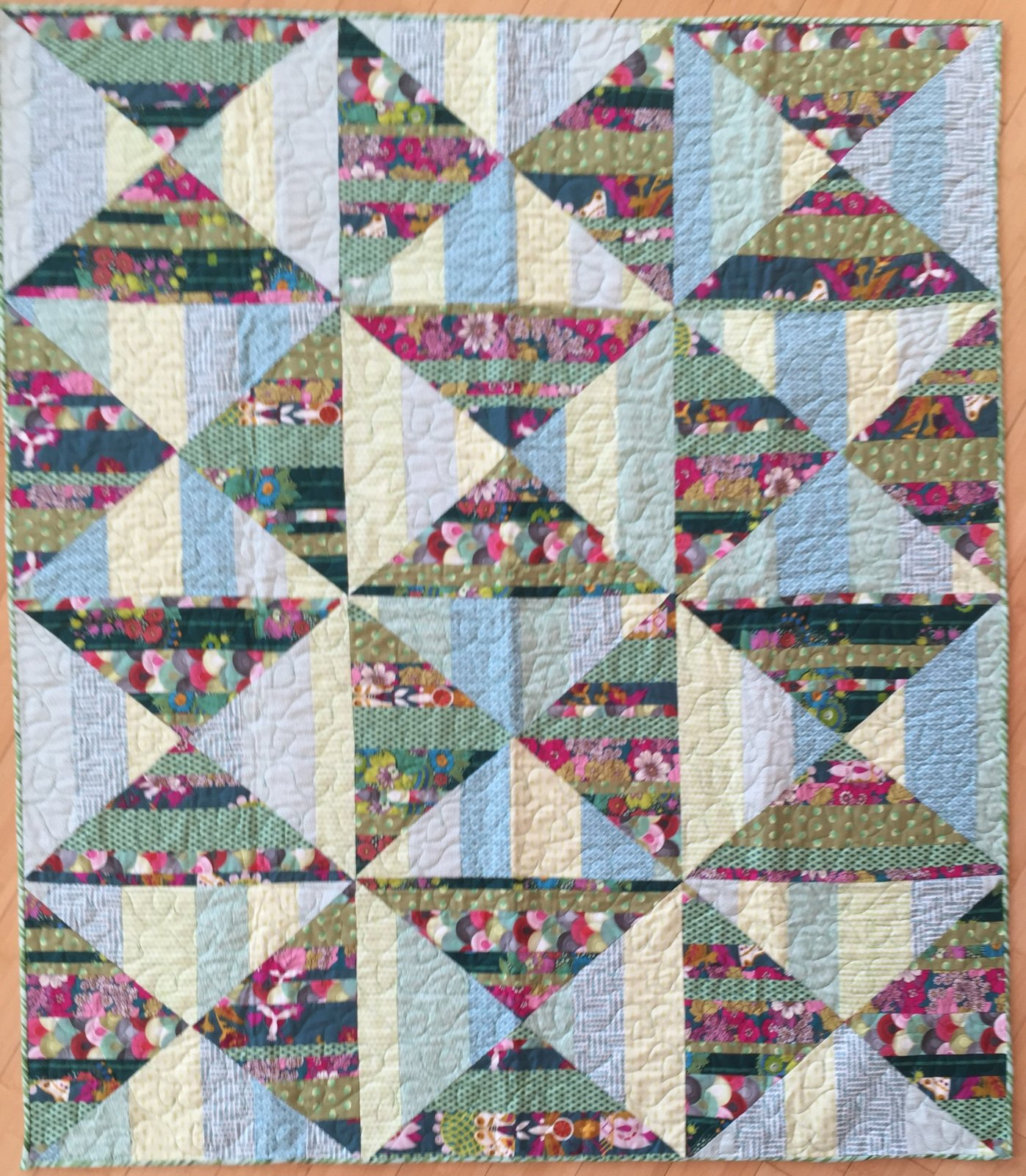 Mossy Thatch Roof quilt kit (48x56)