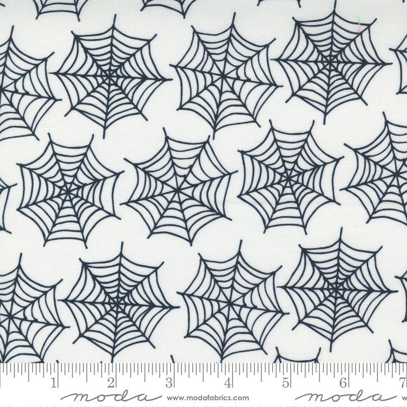 Holiday Essentials Halloween 20732-11 Ghost