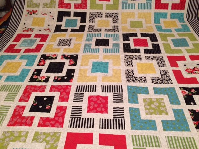 QUILT -  Box Party 62 x 83
