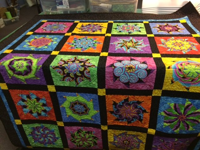 QUILT - Explosion of Stars 61 x 73