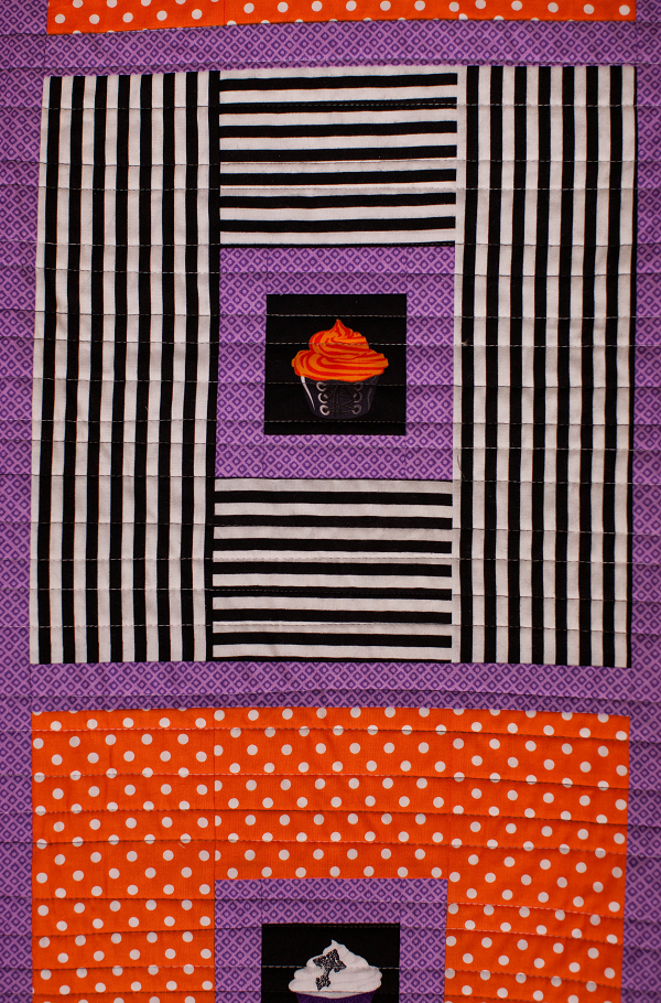QUILT - Posh Tot with Cupcakes in Gothic Blocks 52 x 66