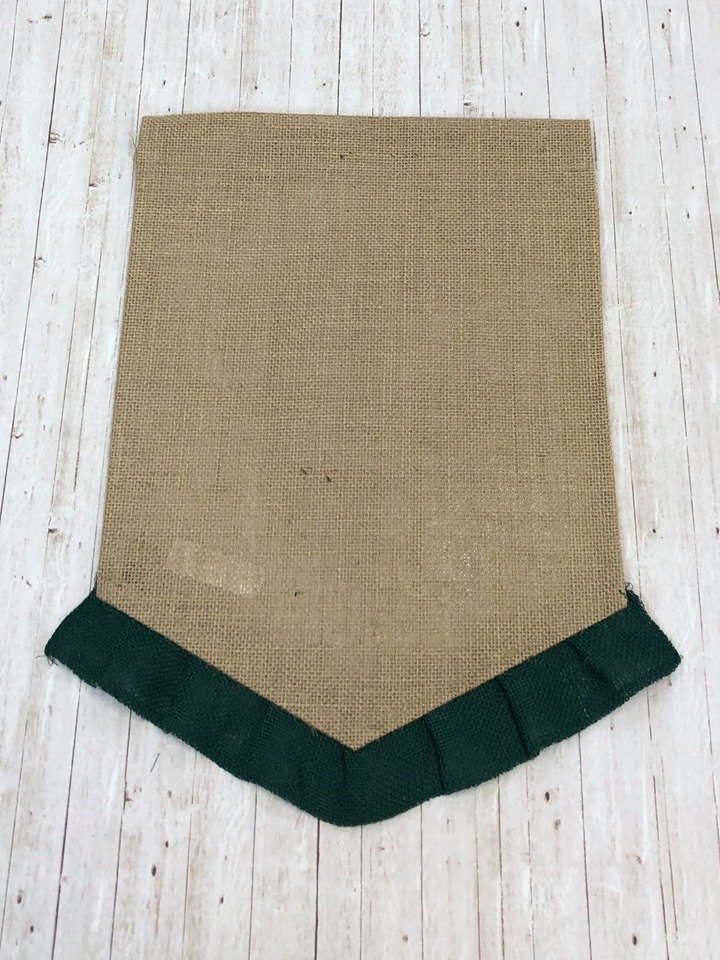 Dark Green  Ruffle Garden Flag