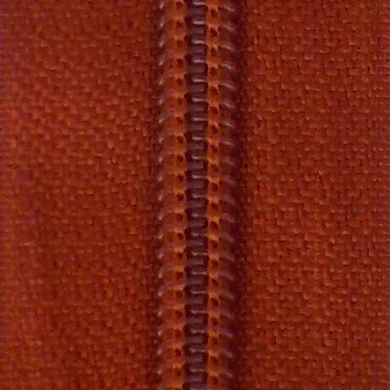 30 Double Pull Non Separating Zipper Rust