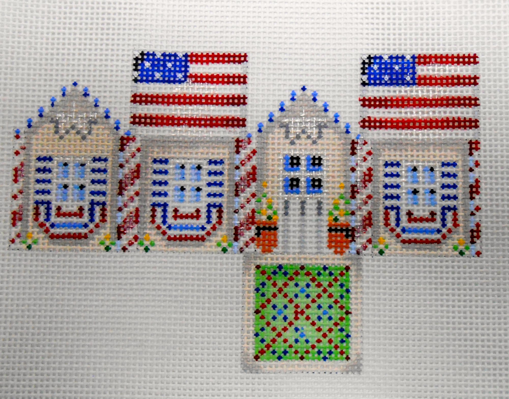 Patriotic Midi Cottage