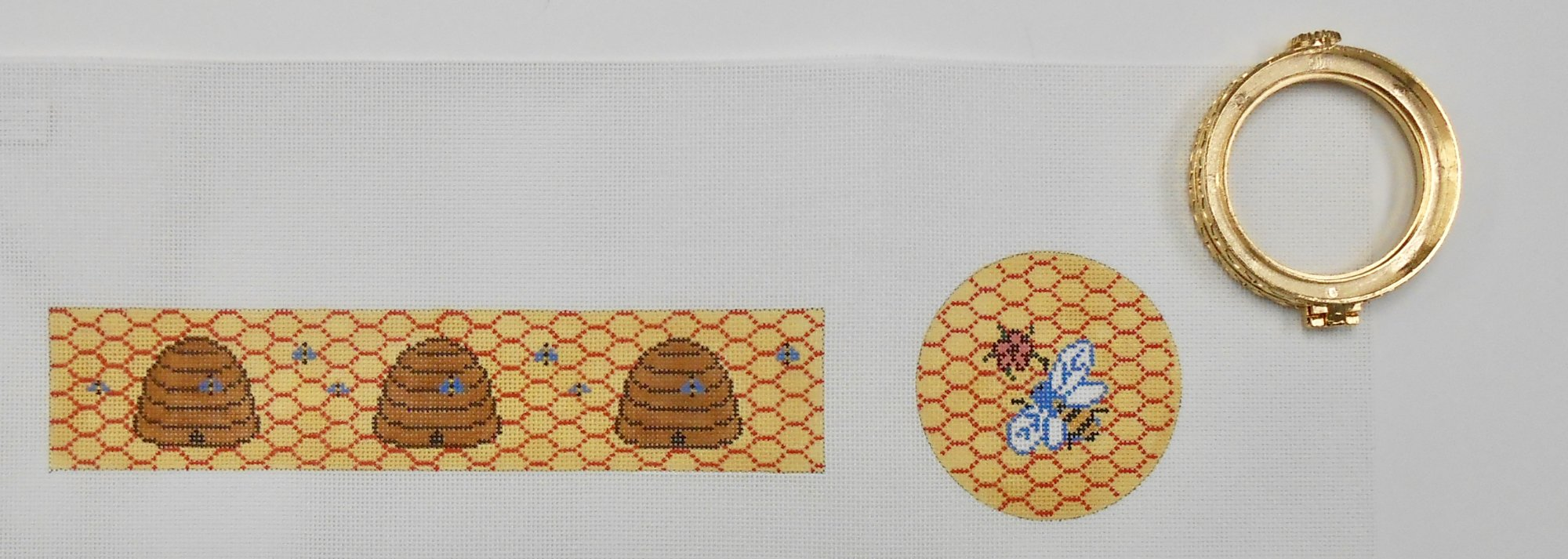 Bumble Bee Hinged Box - Large