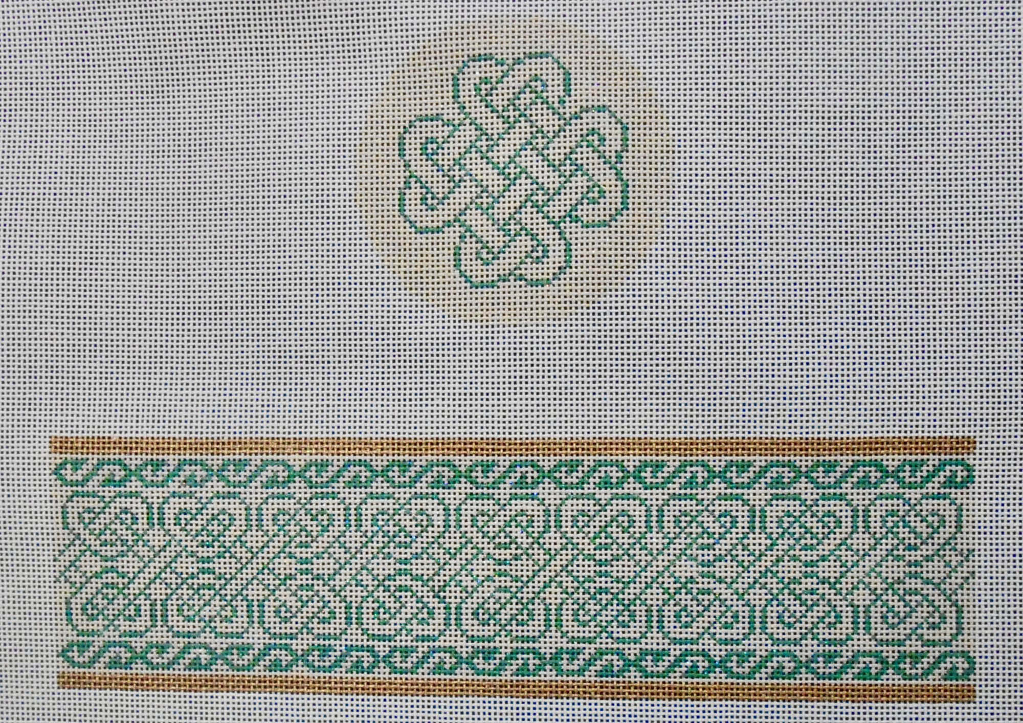 Celtic Knot Round Hinged Box