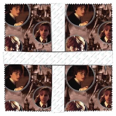 Camelot Fabrics - 10in Squares Harry Potter Digital 42pcs
