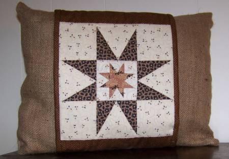 Cut Loose Press - Strippy Stars Pillow Wrap Pattern