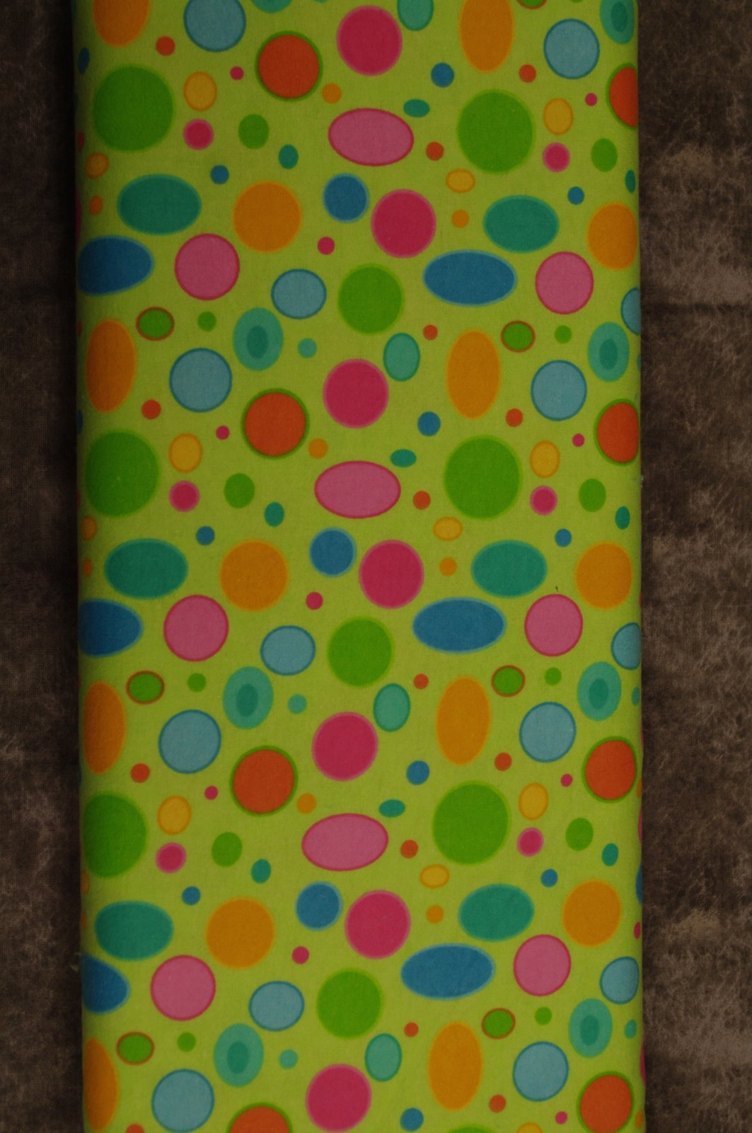 Flatfold Flannel - Coloured Dots1470778037