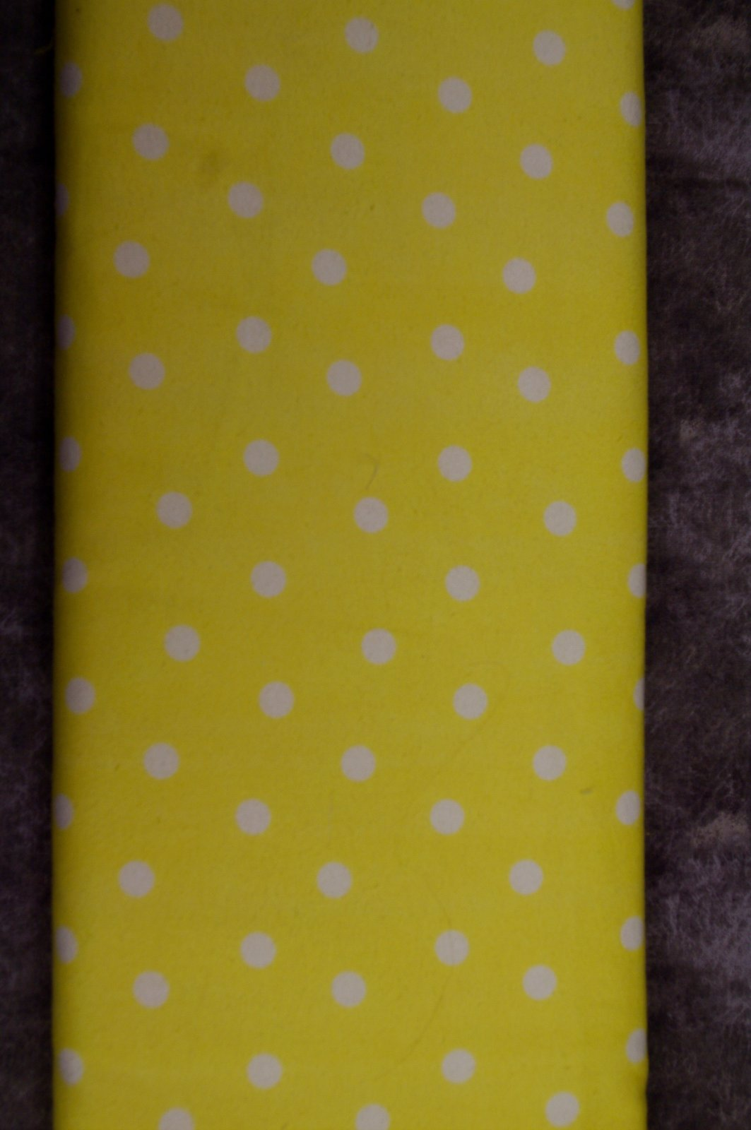 Flatfold Flannel - Large Yellow Polka Dots