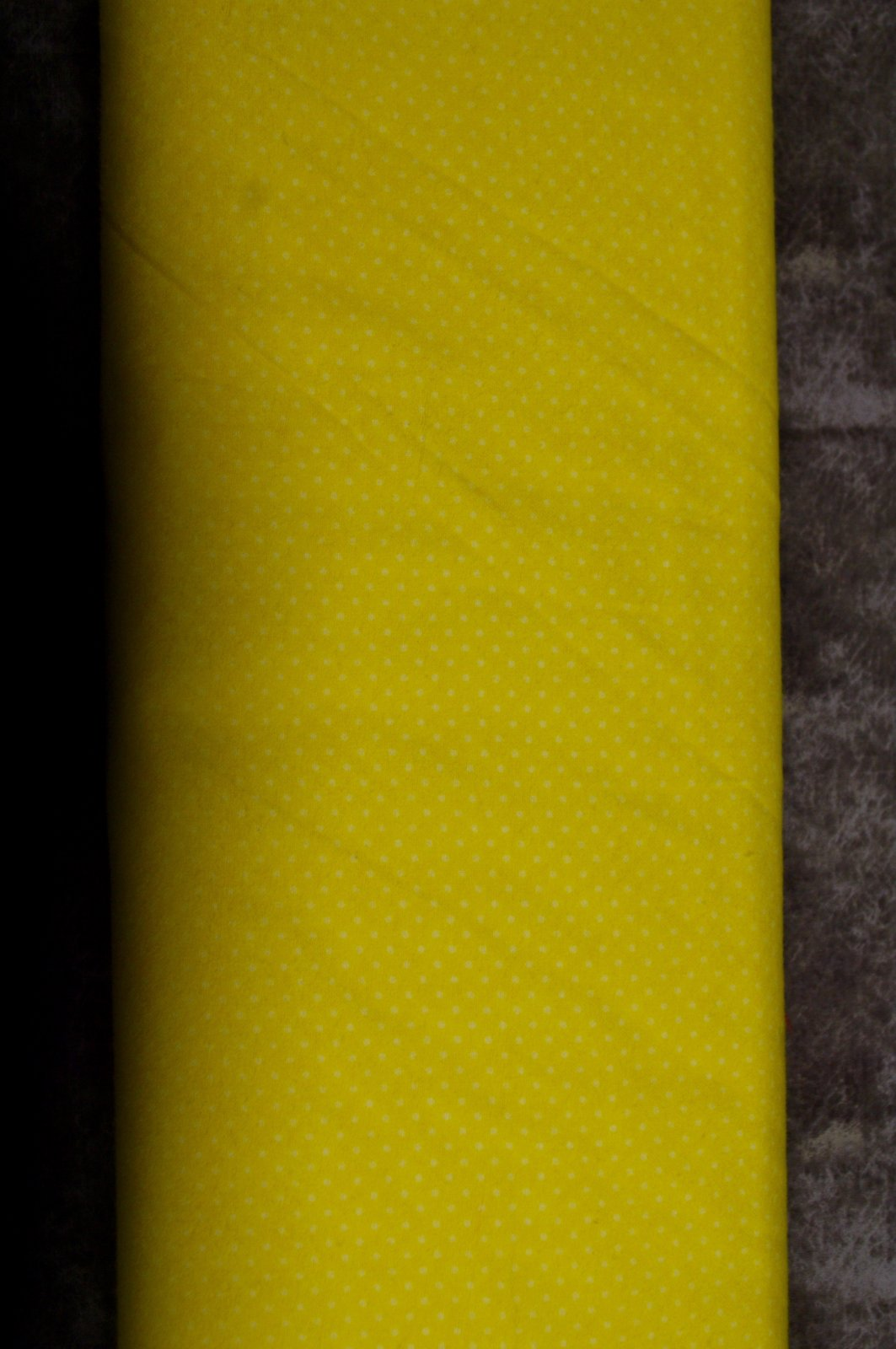 Flatfold Flannel - Yellow Polka Dots