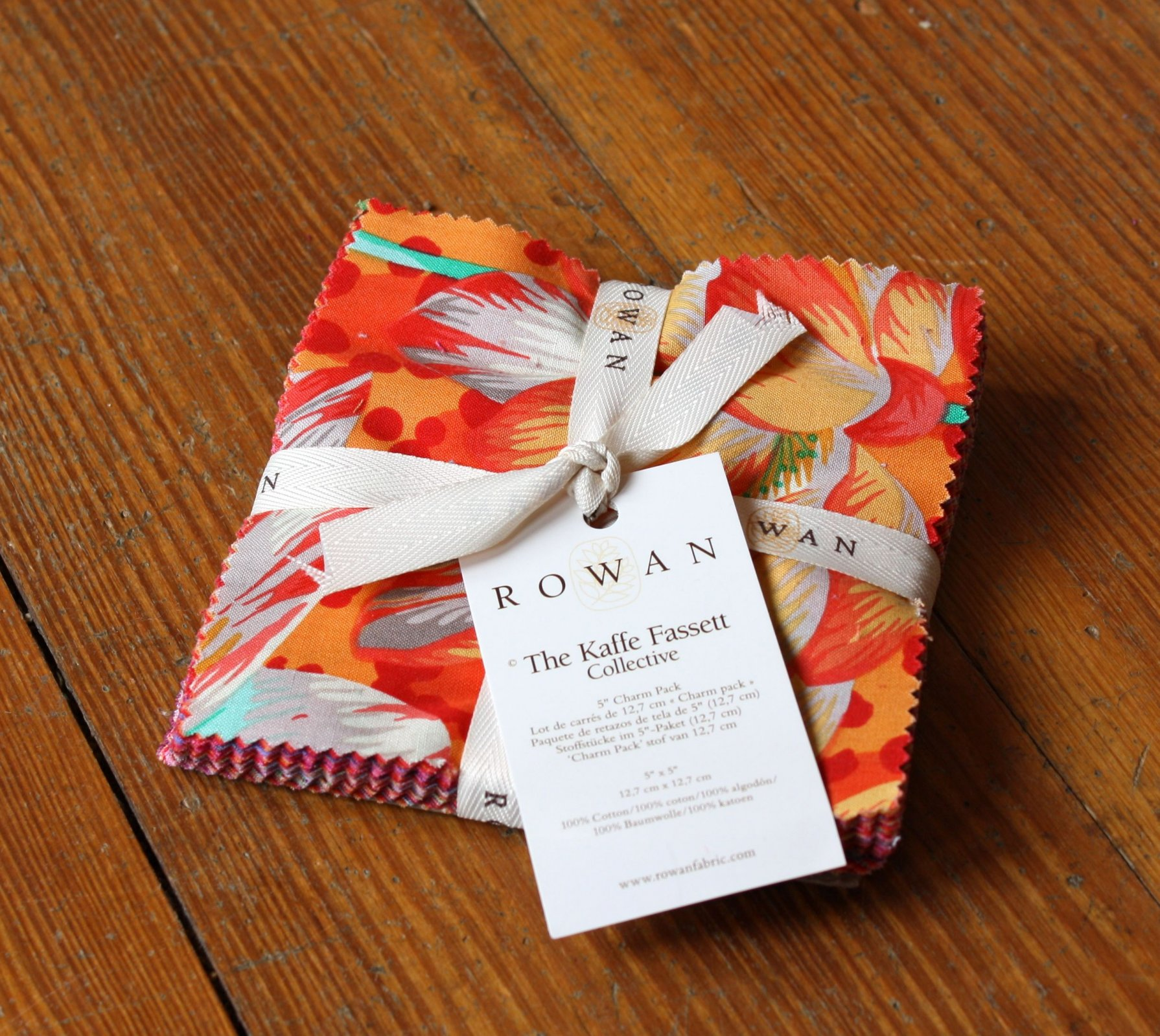 Kaffe Fasset Collective - Spring 2016 - 5 Charm Pack - Warm - 42pcs