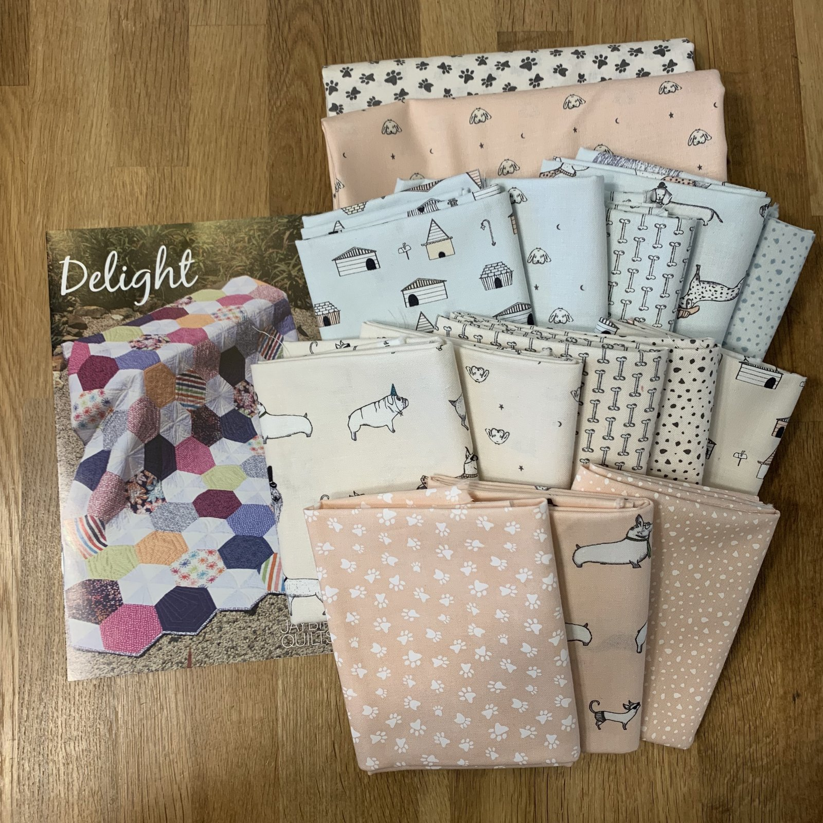 Delight Howl Hound Baby Quilt Kit 48 x 51