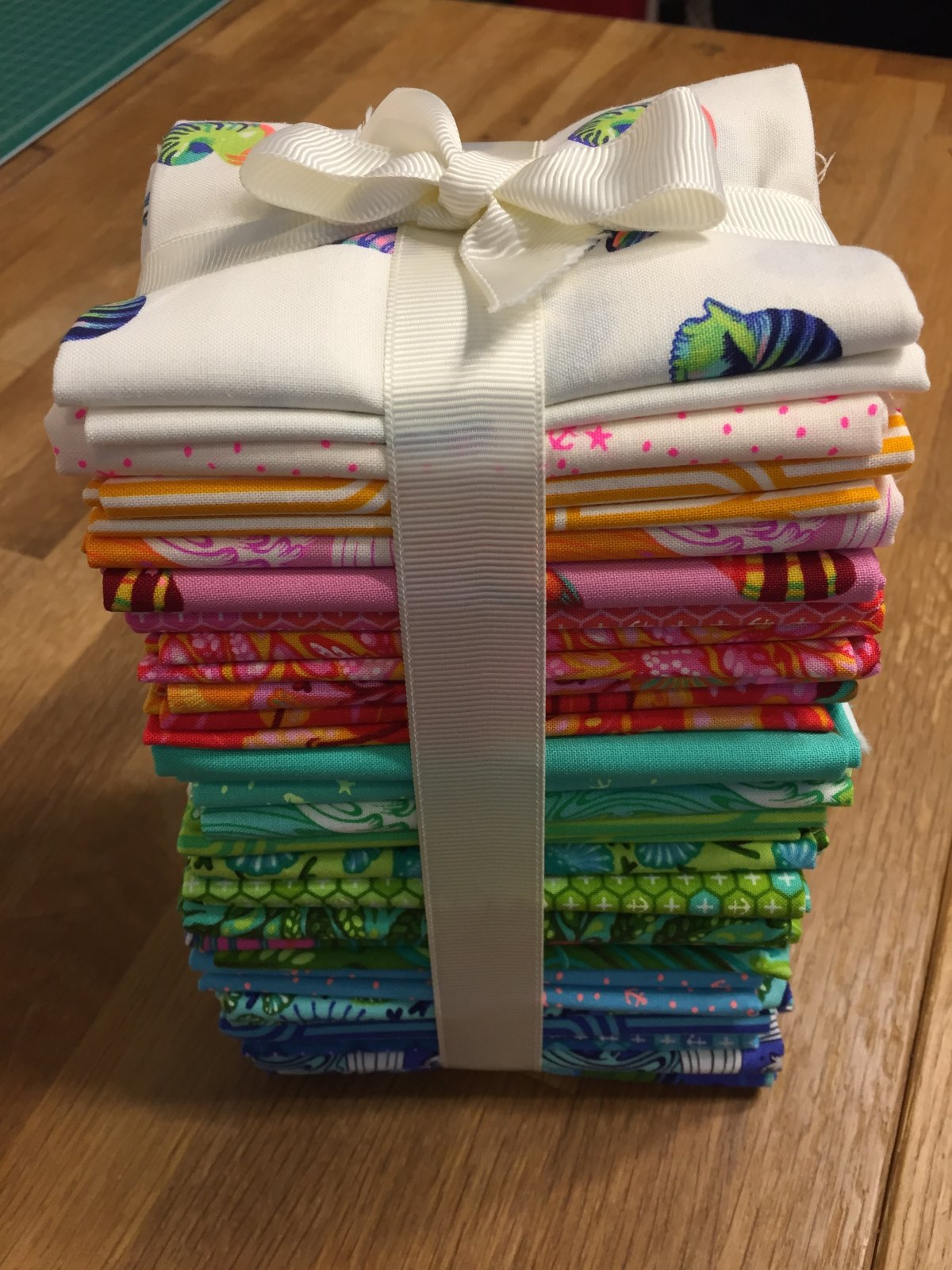 Zuma Fat Quarter Bundle (24)