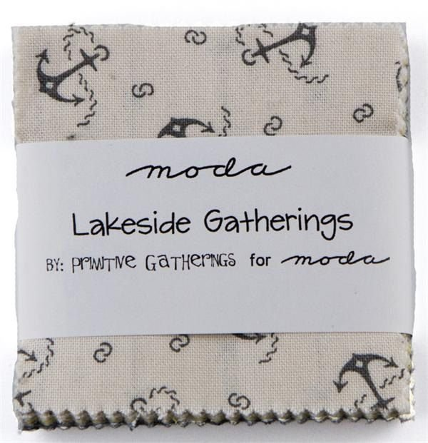 Lakeside Gatherings Mini Charm 1120MC by Primitive Gatherings