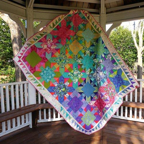 Starburst Pinkerville Quilt 70 x 85