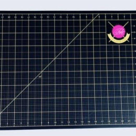 Tula Pink Cutting Mat 17 X 23