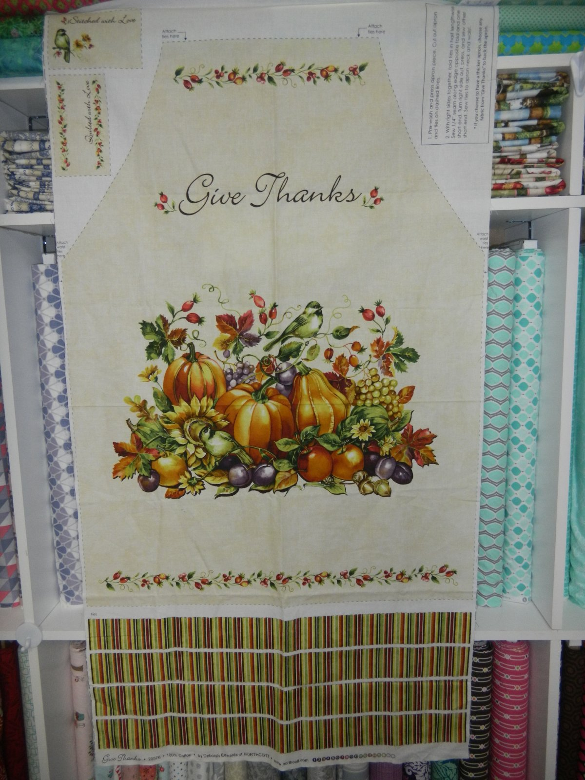 Panel#251 - Give Thanks - Apron Panels