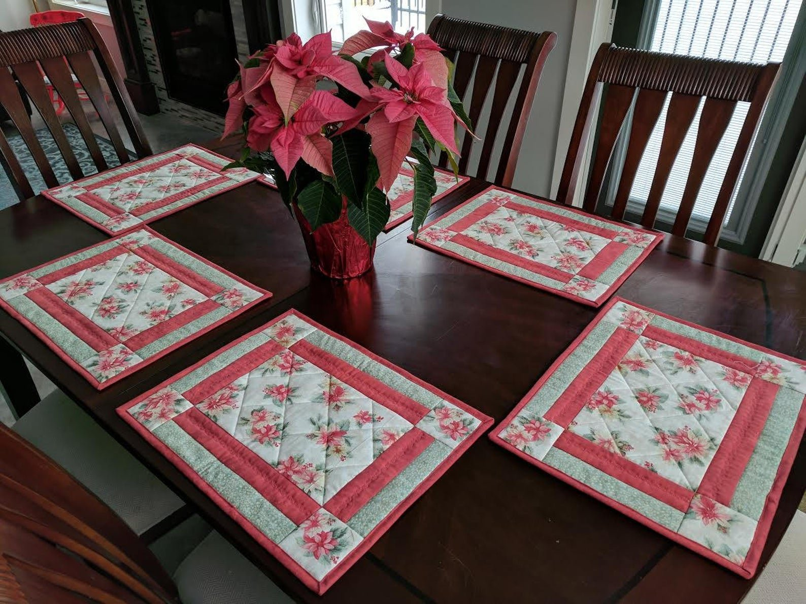 4 O'clock placemat pattern