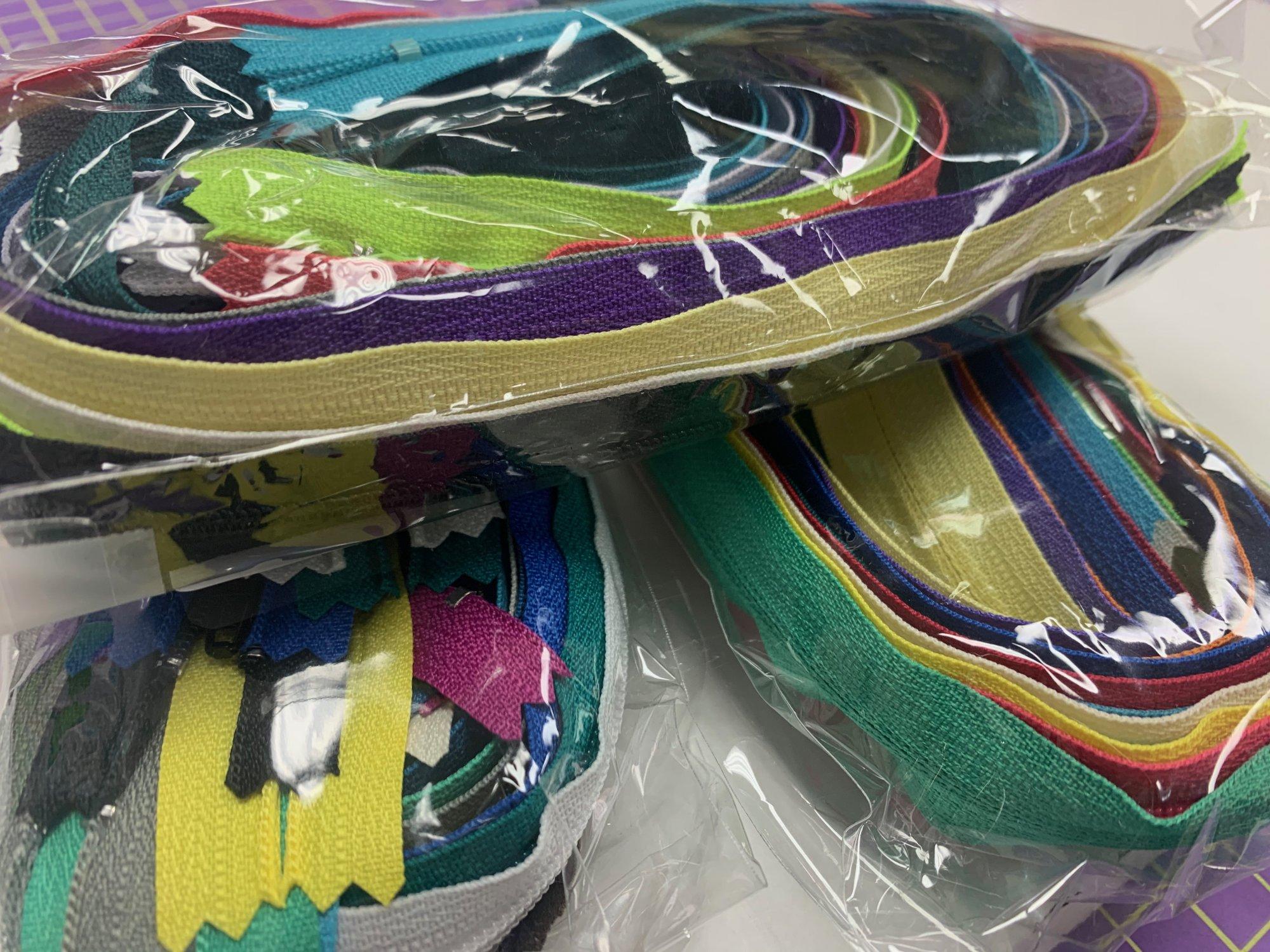 18 inch multi colored zipper 12 pack