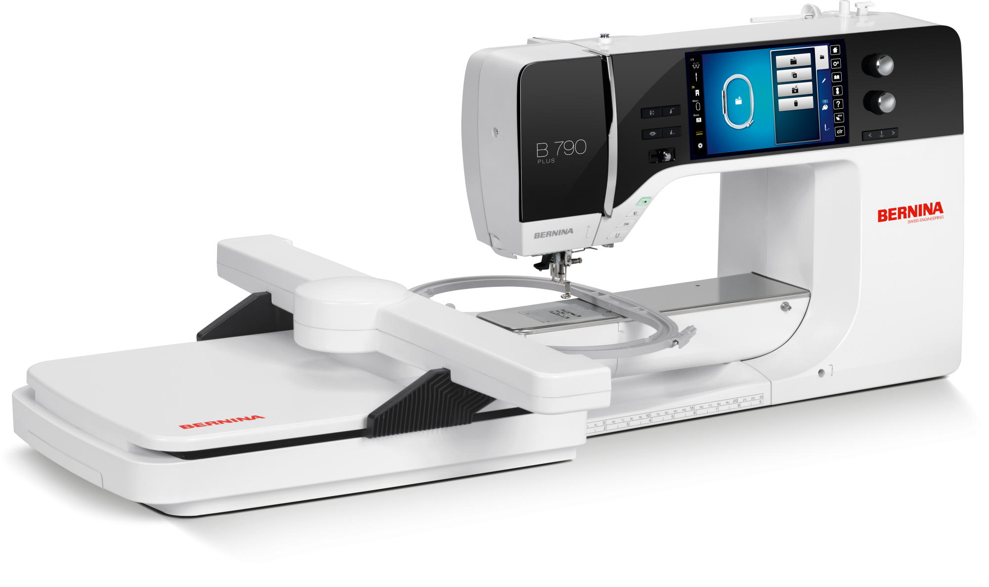 BERNINA 790 QEE  Comes with embroidery module