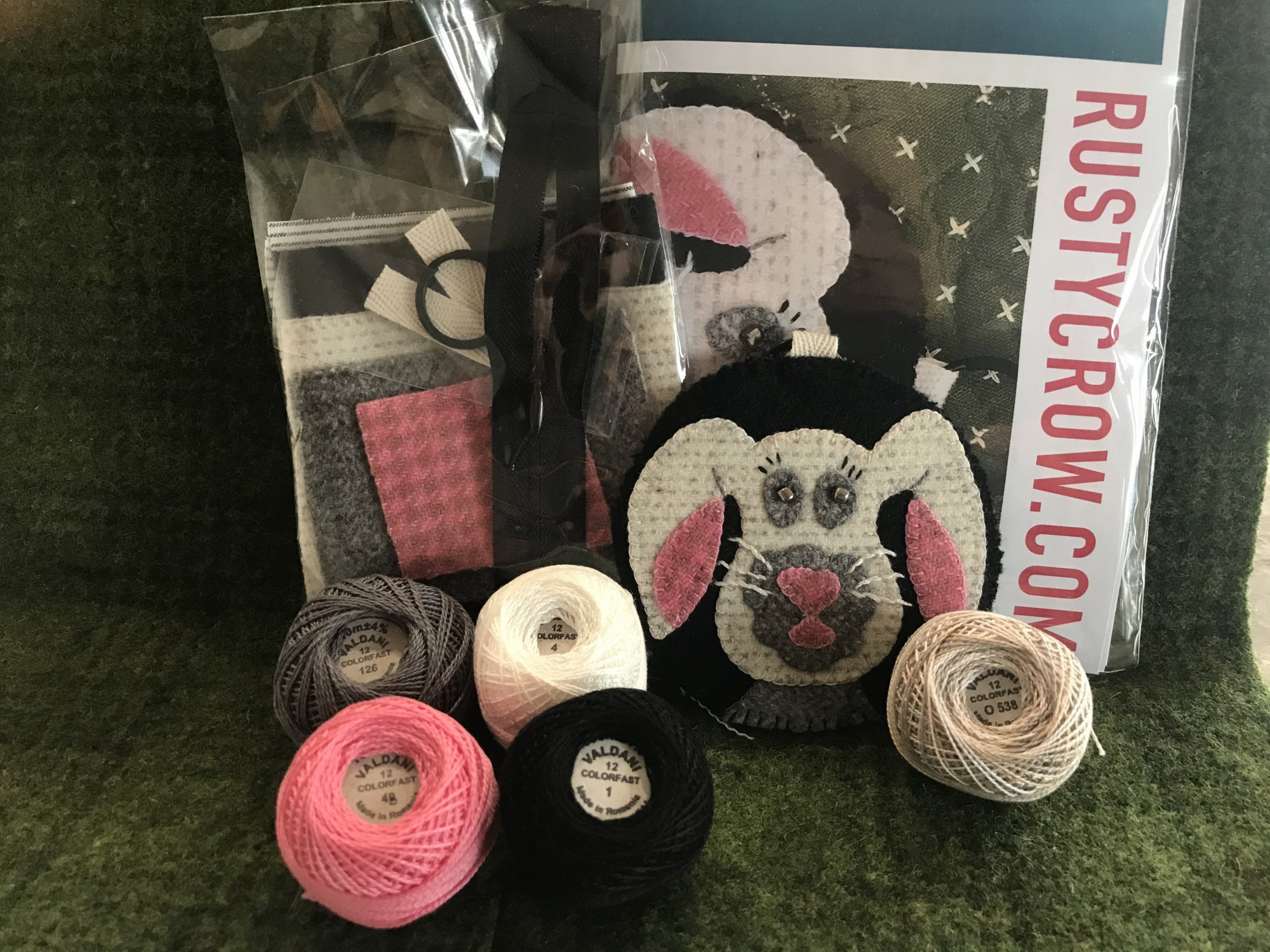 Bunny EarBud/Key Fob Thread Kit