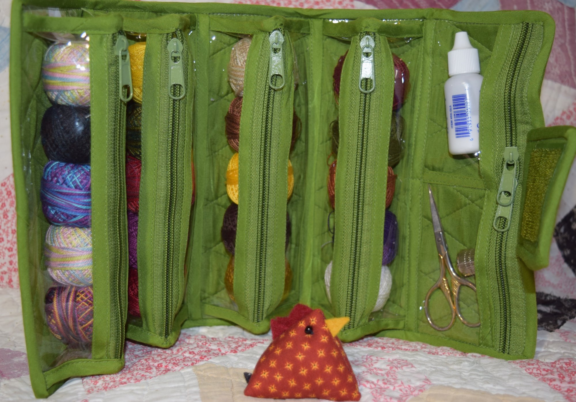 Small Pear Green Roll-Up Bags by Yazzii