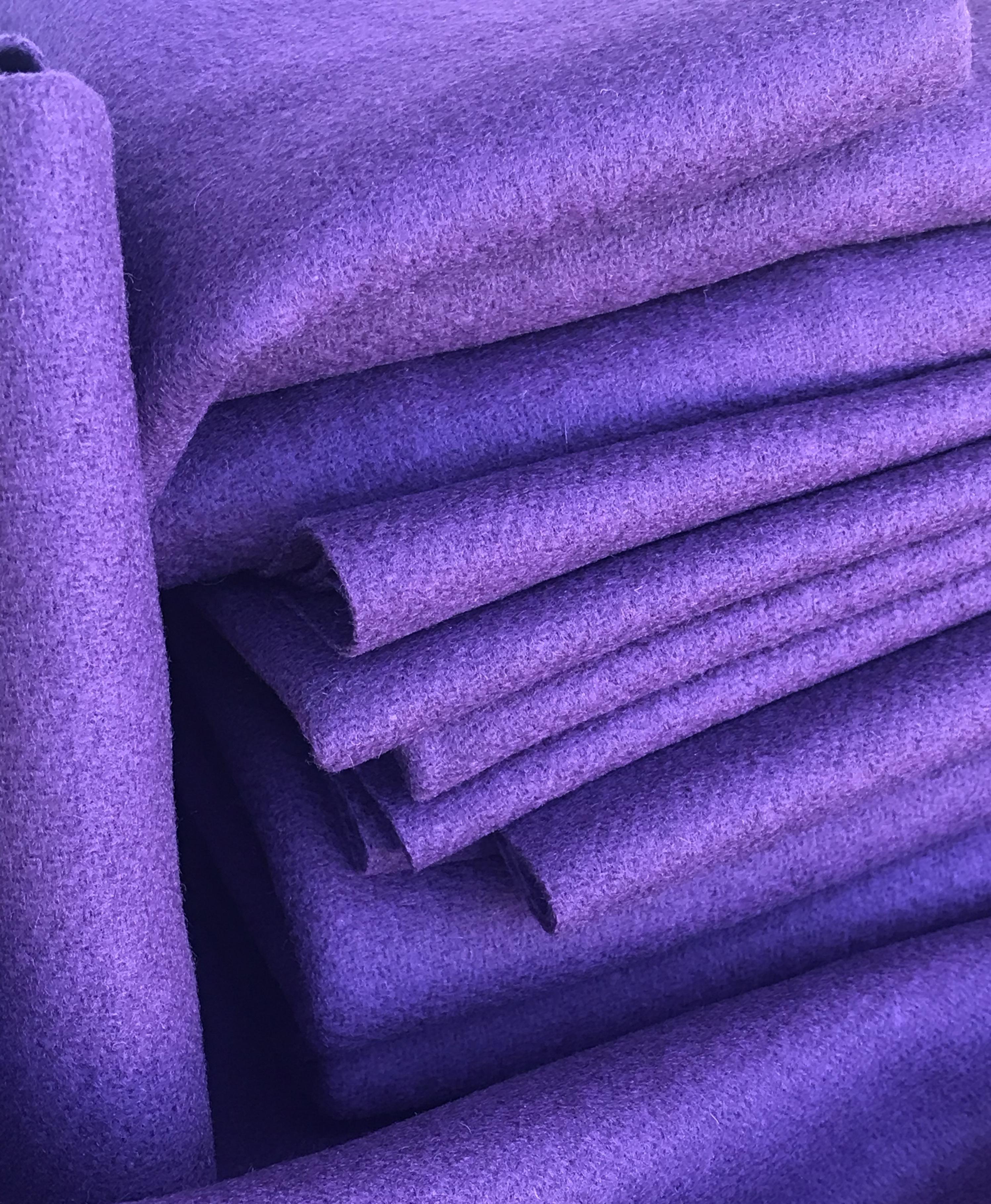 Amethyst 18 X 21 100% Wool
