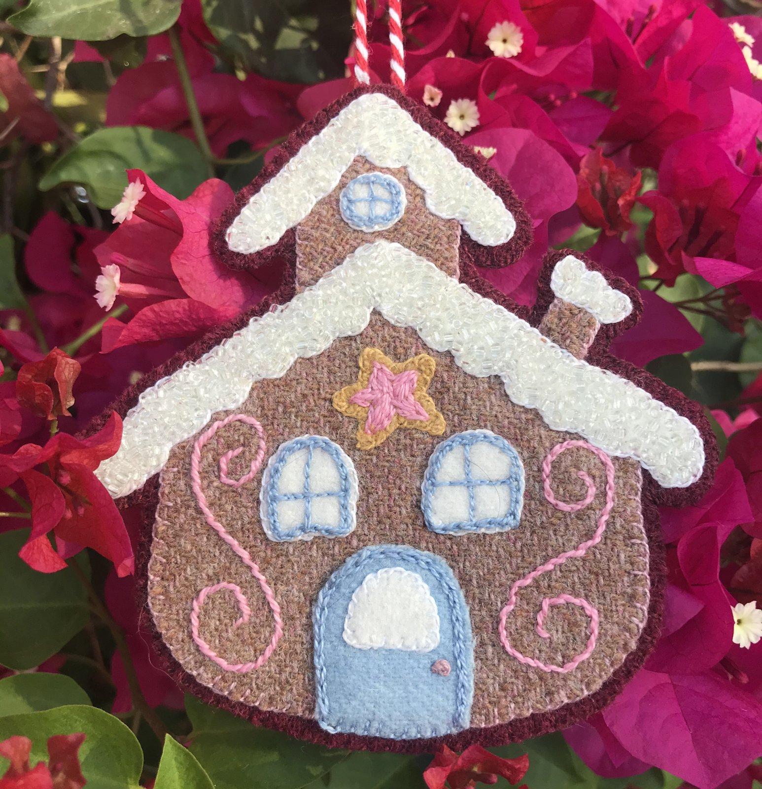 Sugar Plum Parish Ornament 1225 Peppermint Bark Lane Wool Kit with Printed Pattern