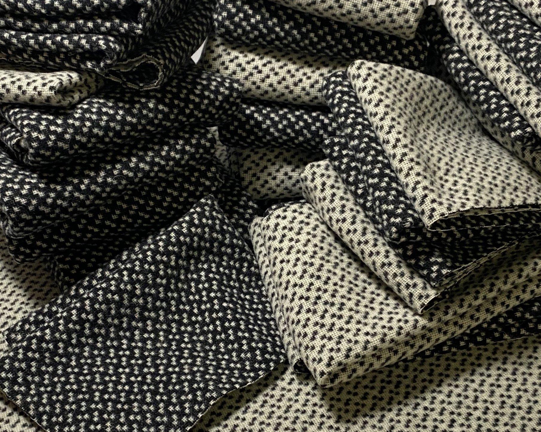 Domino 9 X 14 Wool Reversible
