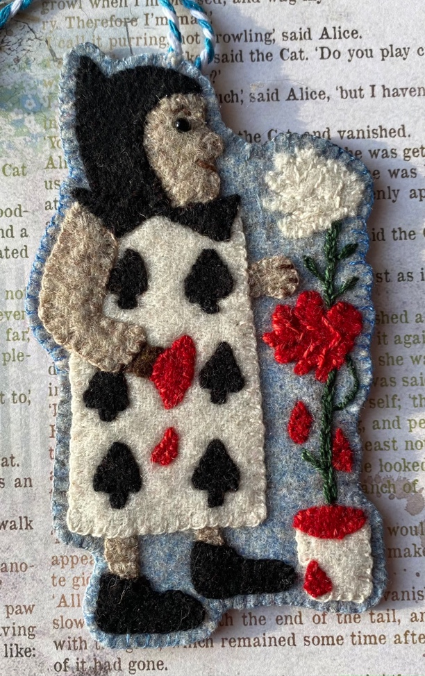 The Queen's Gardener, A Very Merry UnChristmas Wool Ornament kit with Printed Pattern